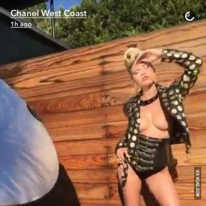 Channel West Coast Pussy photo 3
