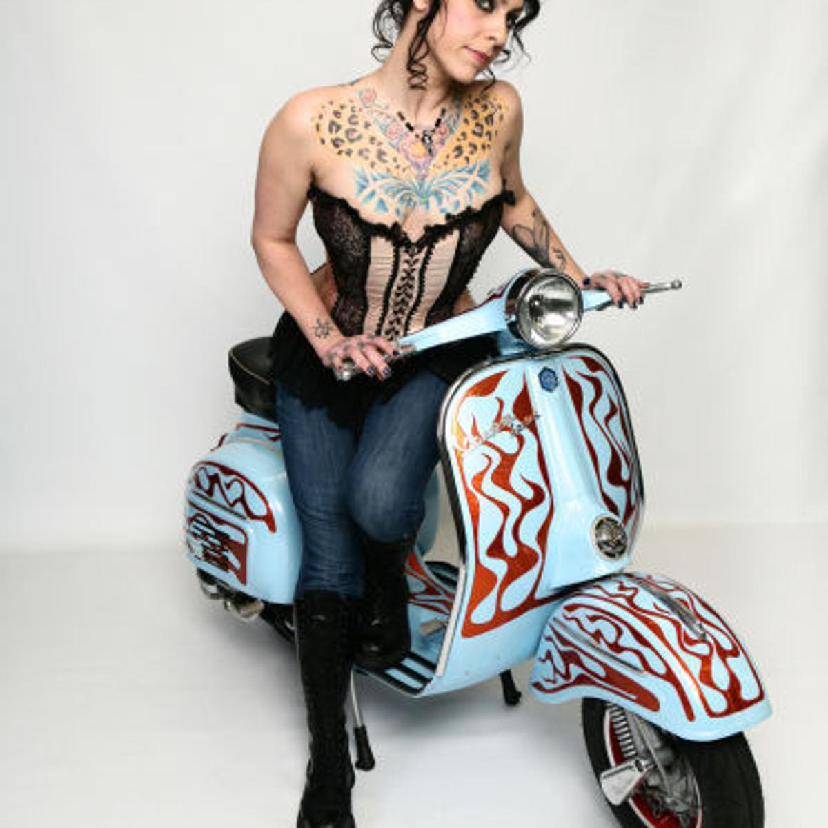 Danielle Off Of American Pickers photo 18