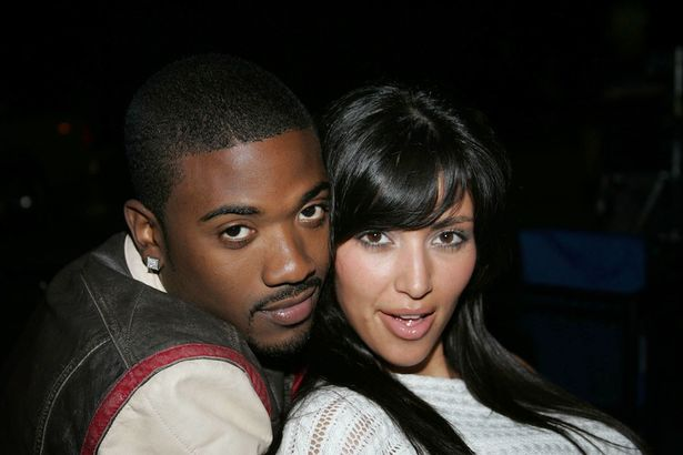 Kim Kardashian Showing Pussy photo 11