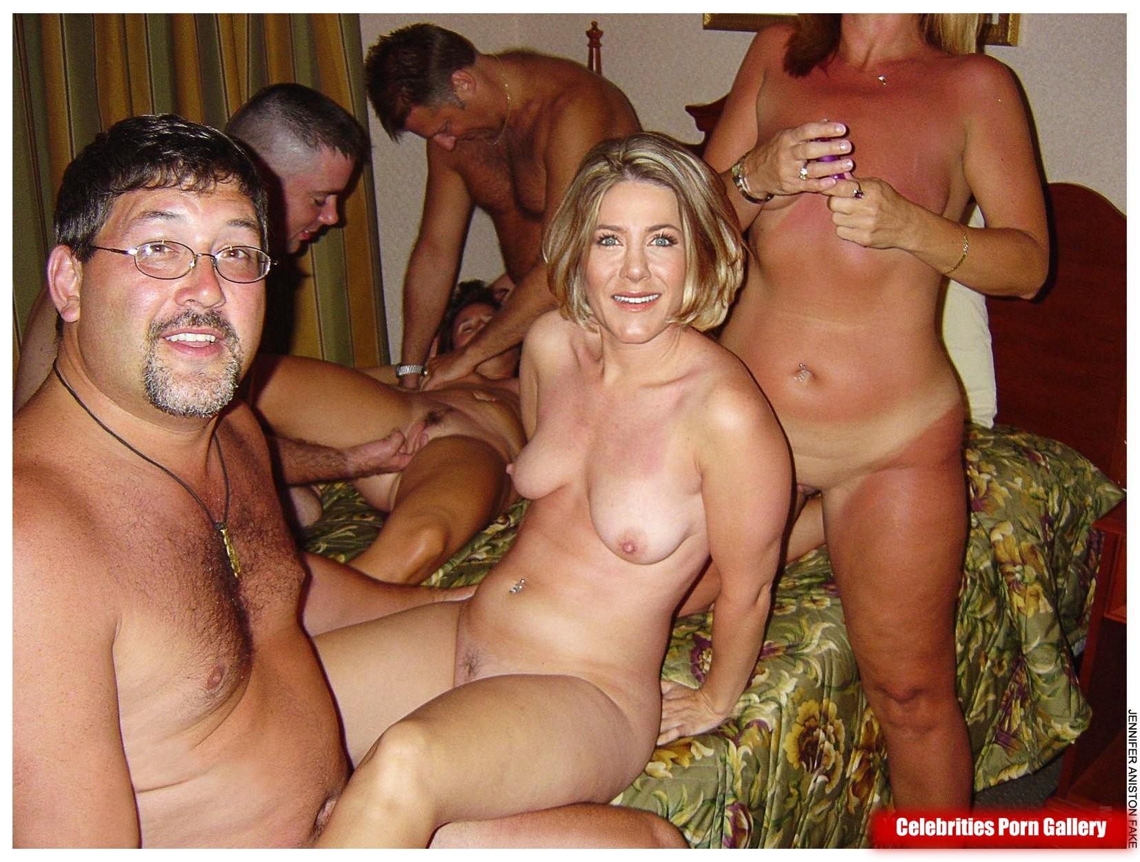 Jennifer Anistan Nude photo 7