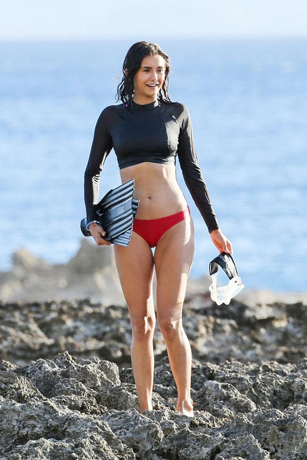 Nina Dobrev Hot Pics photo 28