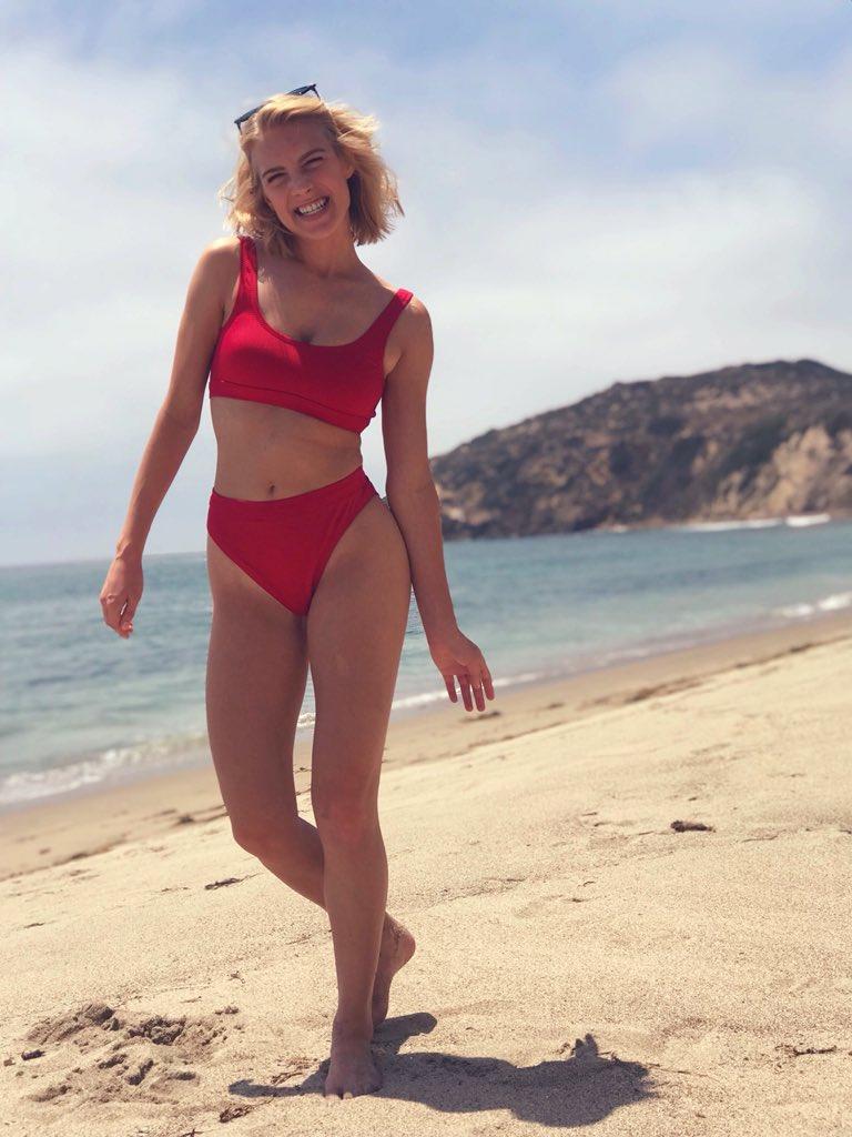 Courtney Miller Beach photo 16