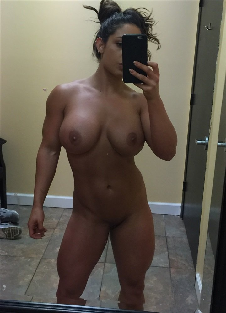 Wwe Diva Naked Picture photo 13