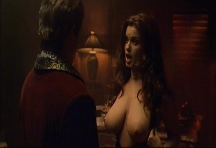 Carrie Nudity photo 24