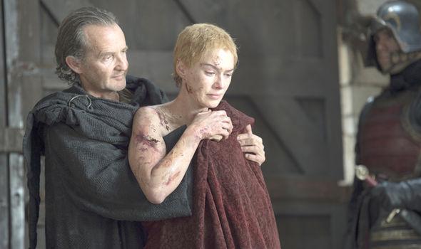 Cersei Lannister Hot Scene photo 20