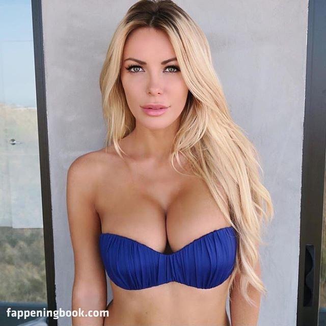 Crystal Hefner Tits photo 18