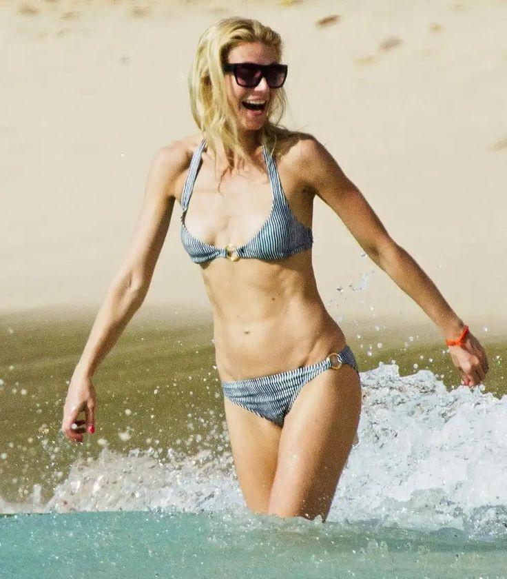 Gwyneth Paltrow Bikini Pics photo 27