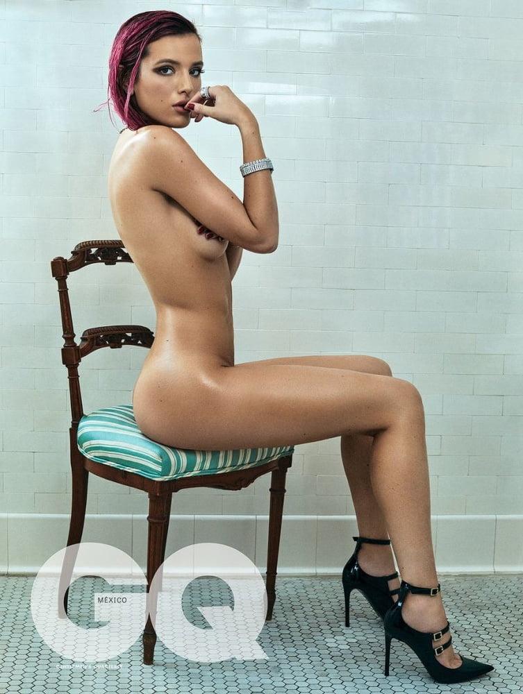 Bella Thorne Mude photo 8