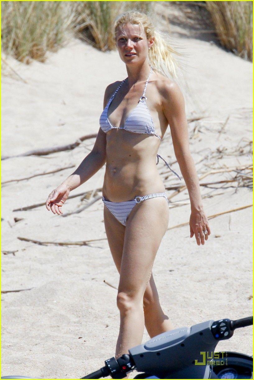 Gwyneth Paltrow Bikini Pics photo 17