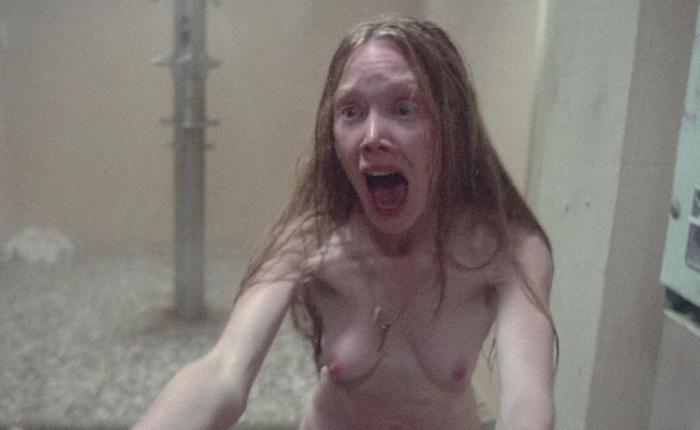 Carrie Nudity photo 14