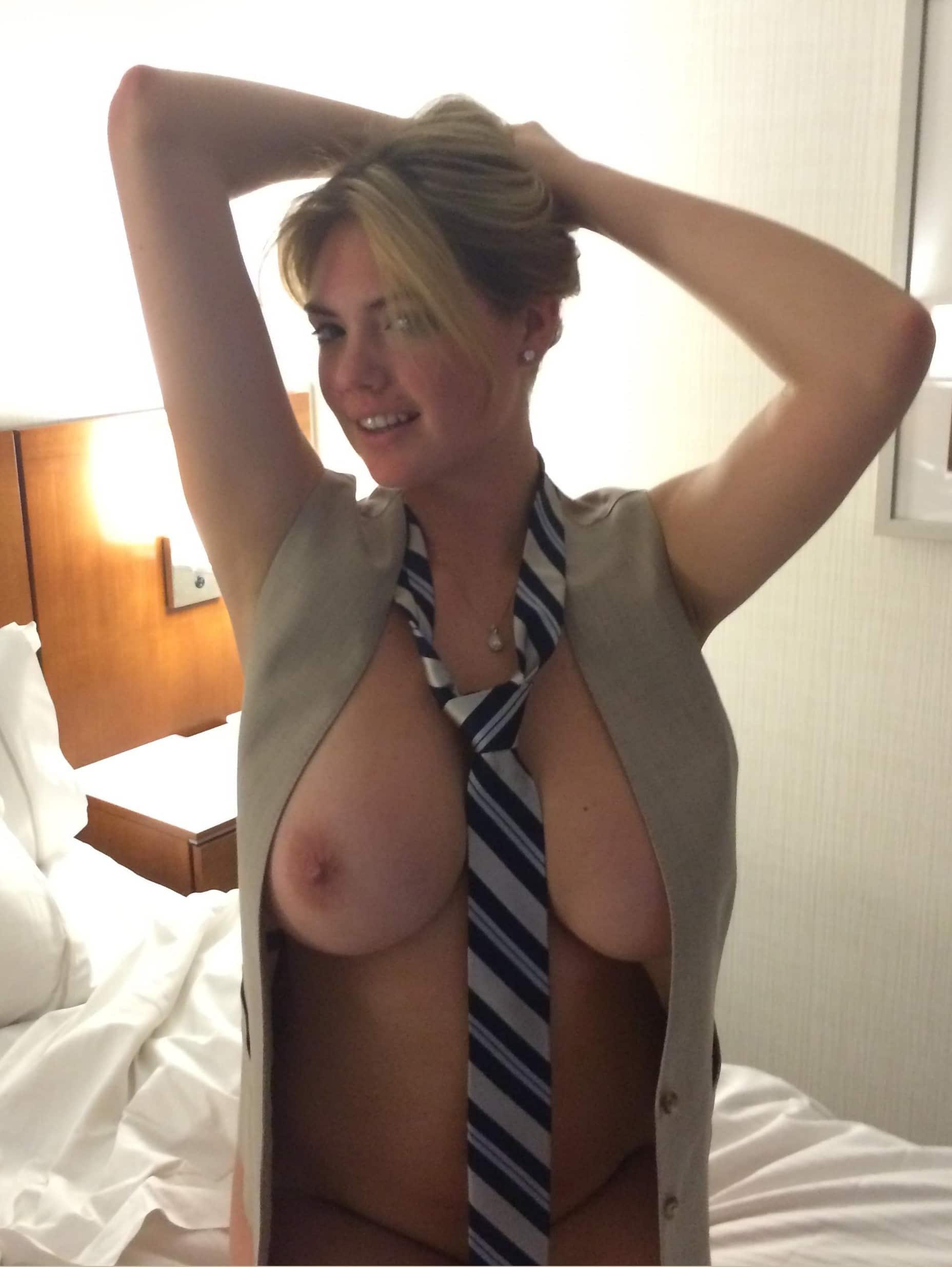 Kate Upton Tits Naked photo 19
