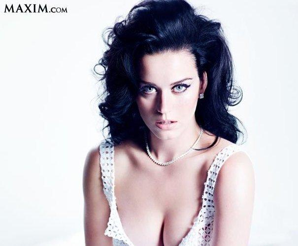 Scarlett Johansson Maxim photo 26
