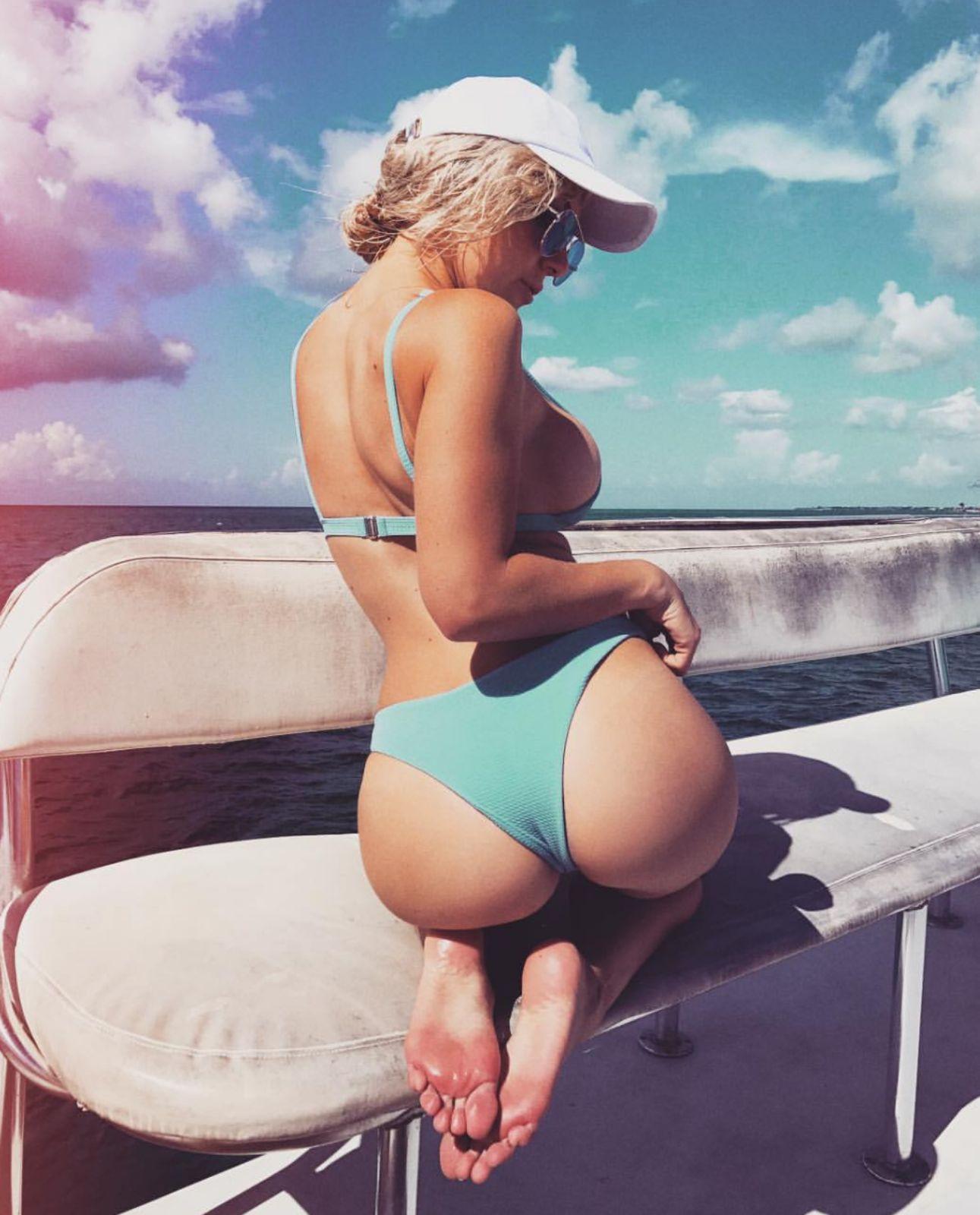 Jessica Nigri Butt photo 30