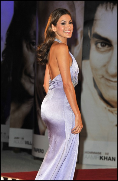 Actresses With Nice Asses photo 19