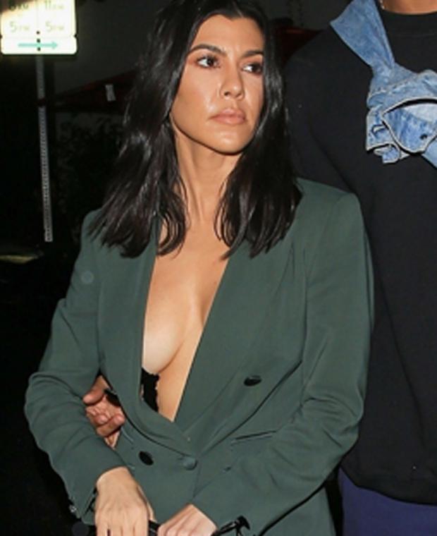 Kourtney Kardashians Boobs photo 7