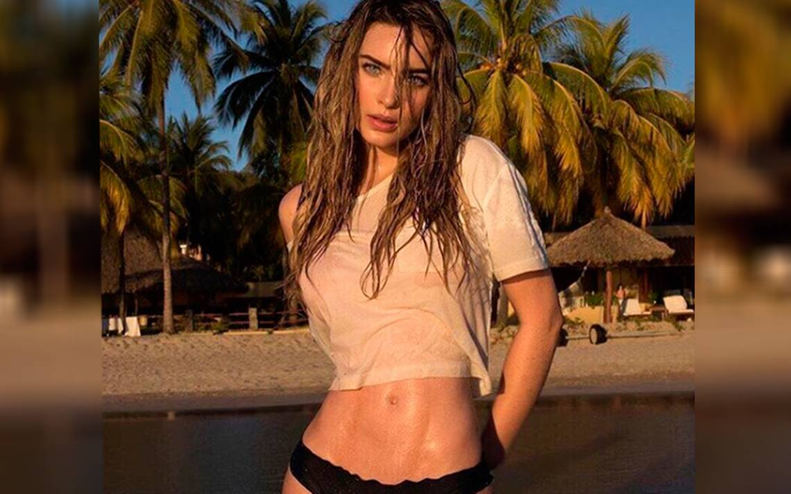 Belinda Topless photo 20