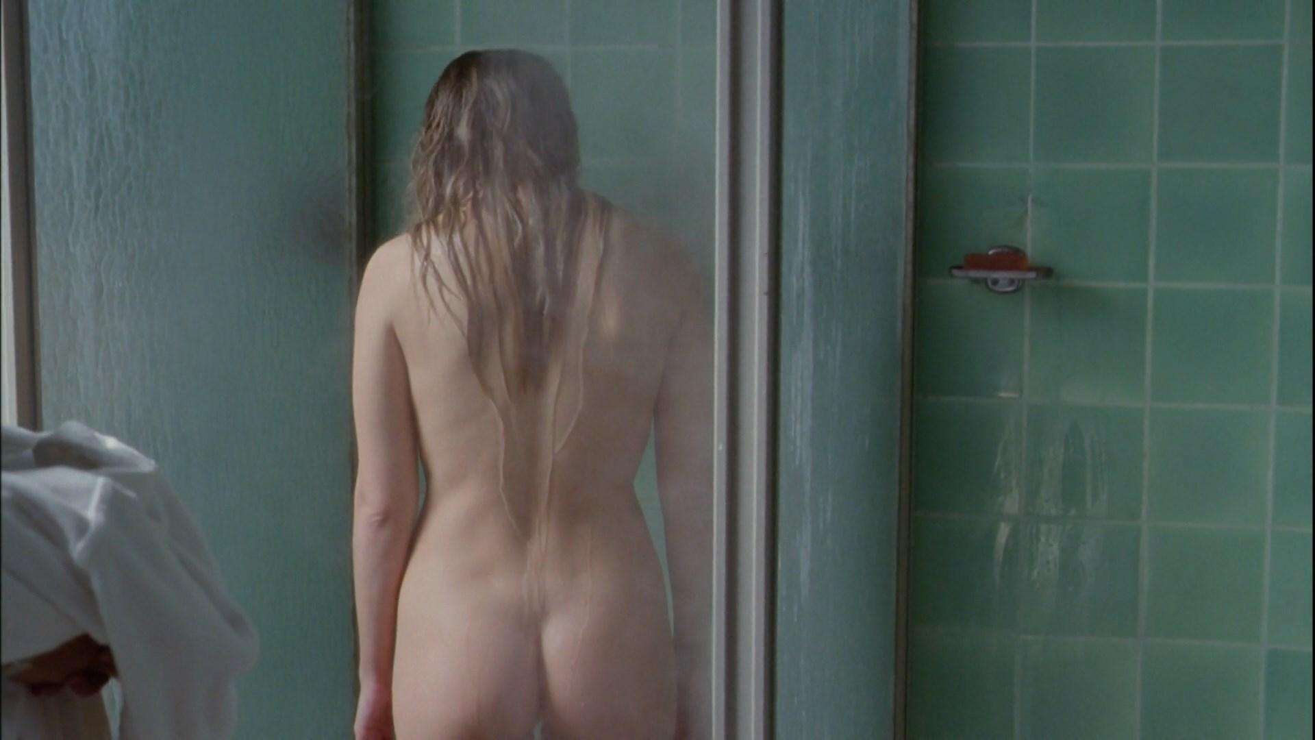 Carrie Nudity photo 26