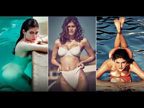 Alexandra Daddario Hot Body photo 3