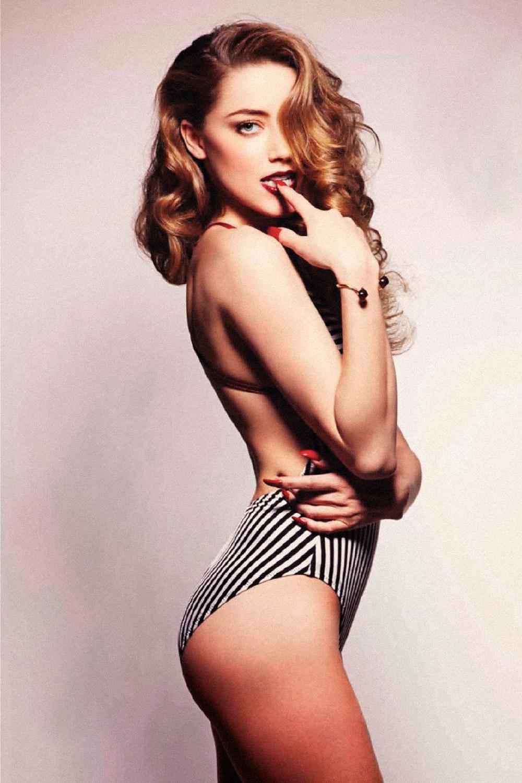 Amber Heard Lingerie photo 5
