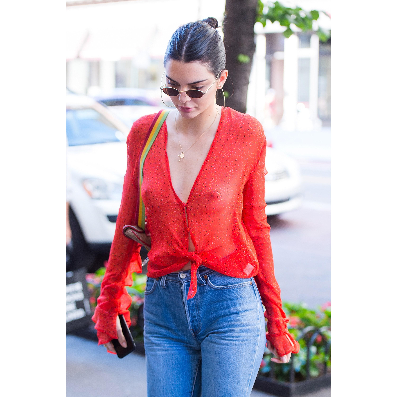 Kendall Jenner Nippls photo 1