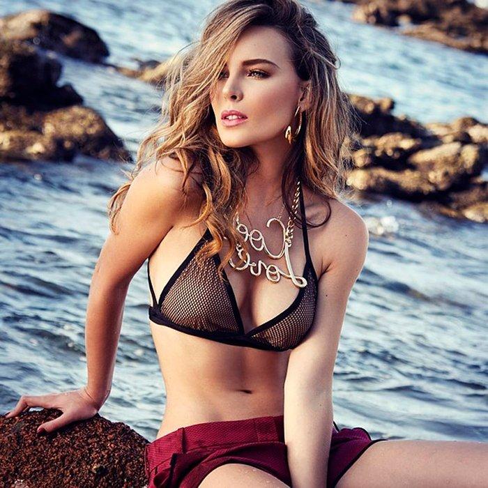 Belinda Topless photo 21