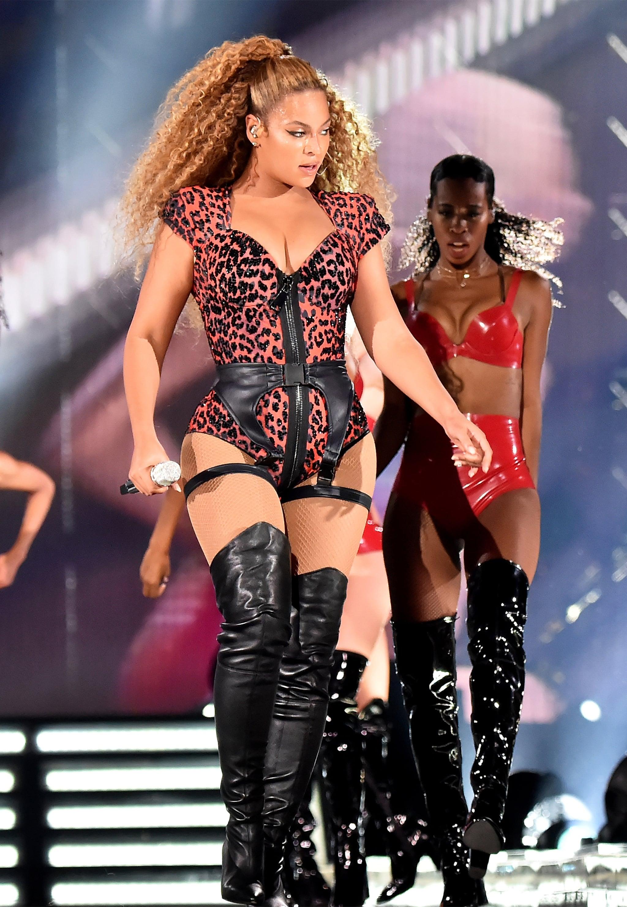 Beyonce Hot Pics photo 18
