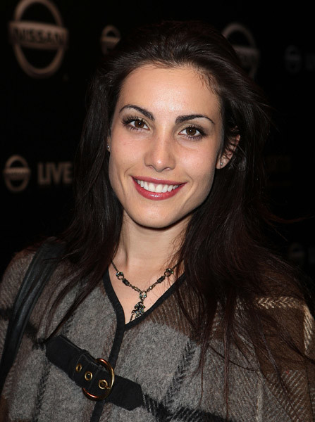 Carly Pope Sexy photo 29