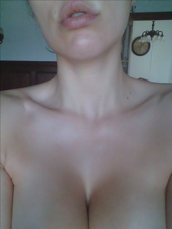 Adrianne Curry Tits photo 2