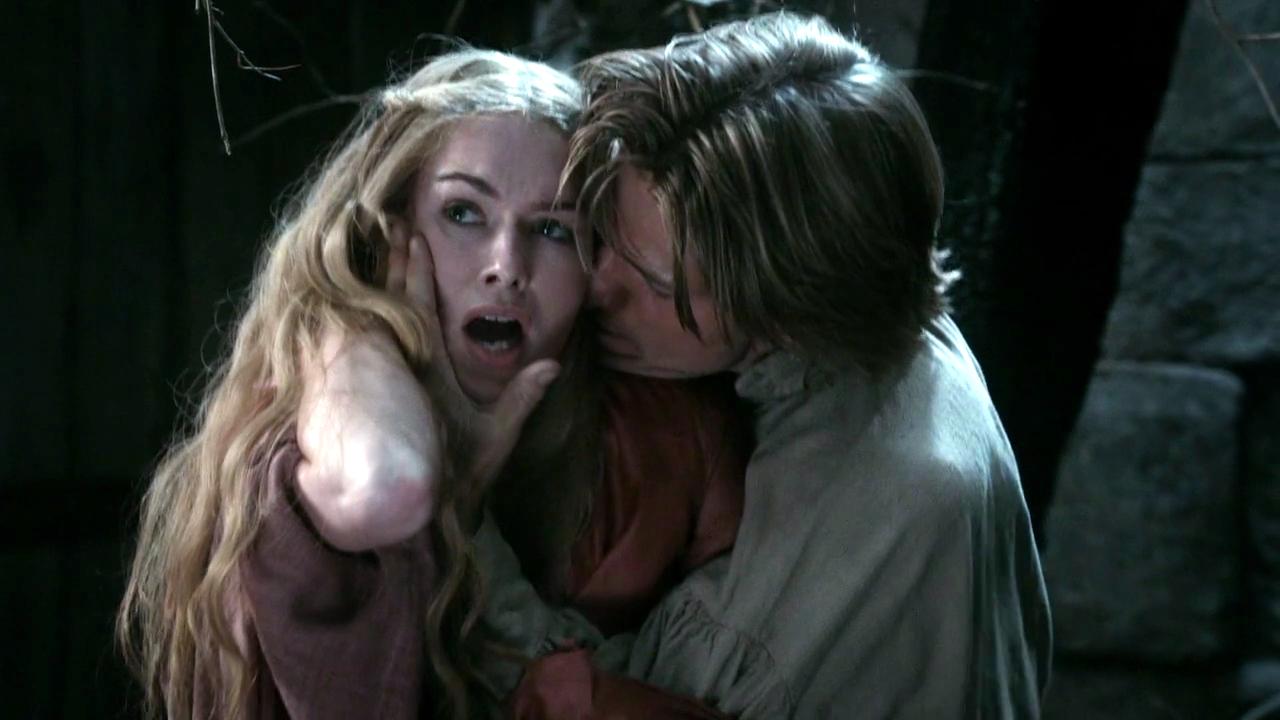 Cersei Lannister Hot Scene photo 15