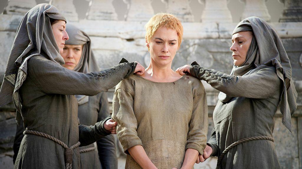Cersei Lannister Hot Scene photo 27