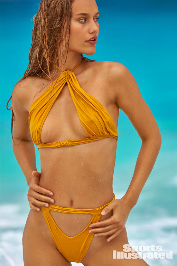Chase Carter Swimsuit photo 7