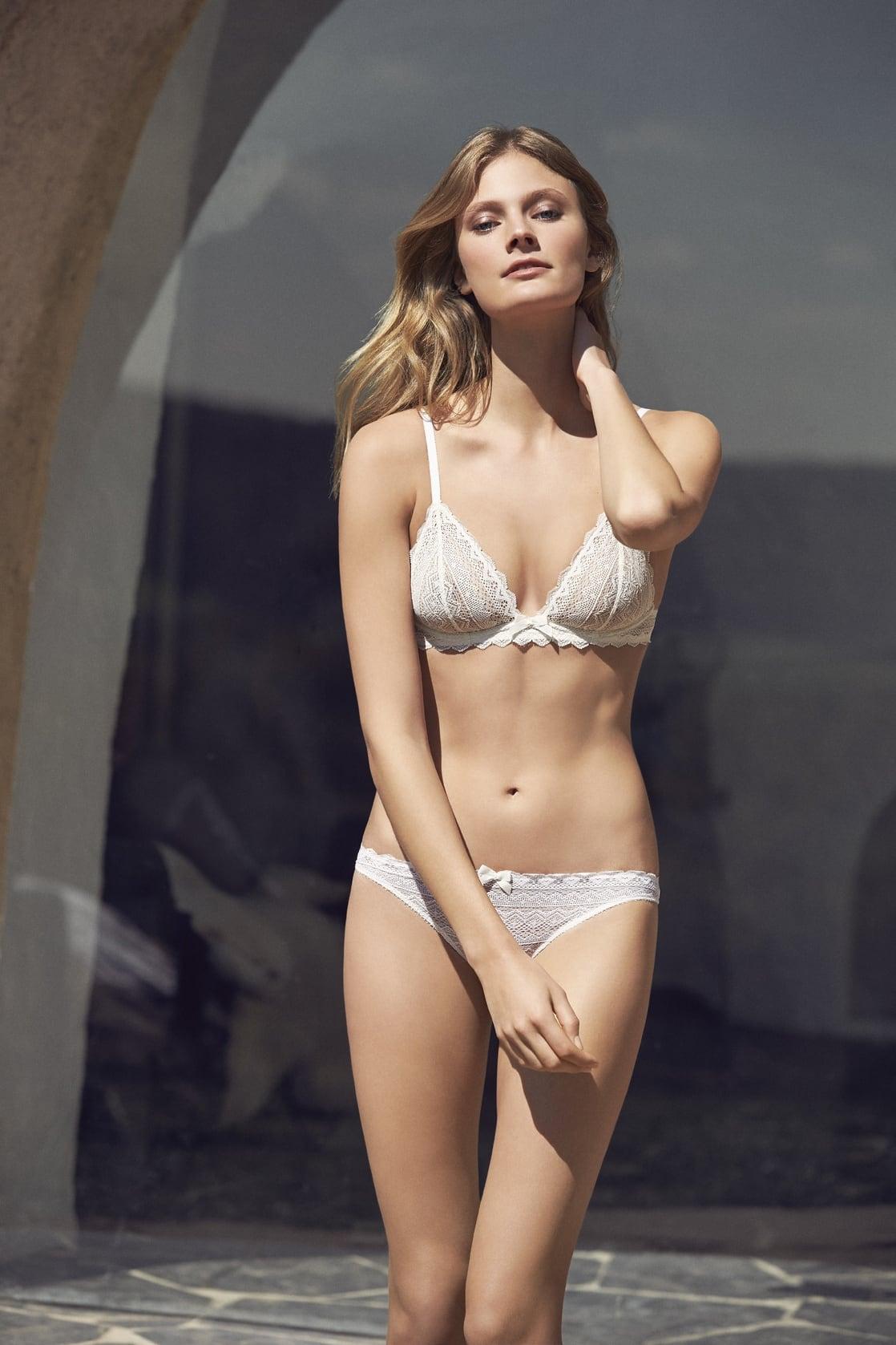 Constance Jablonski Hot photo 4