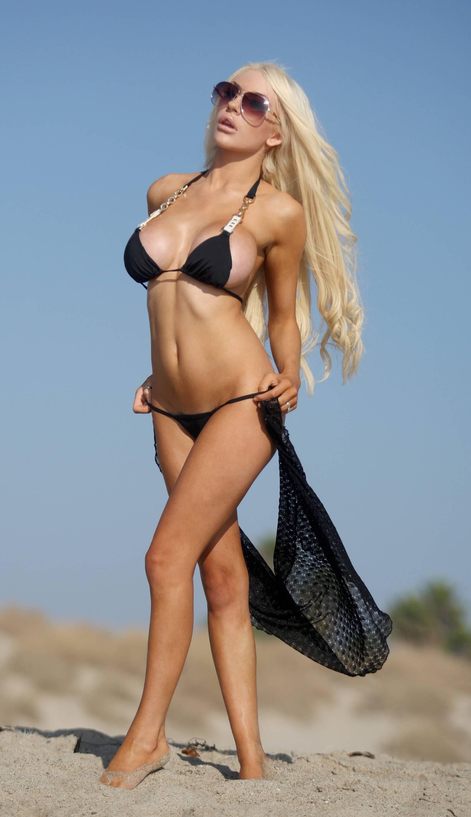 Courtney Stodden Hot Pics photo 2