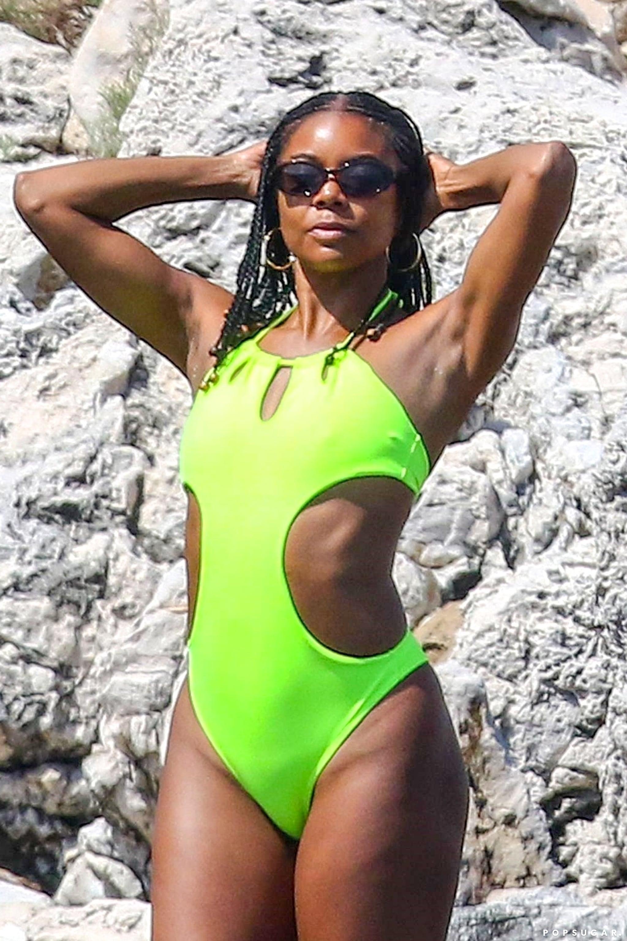 Gabrielle Union Sexy Body photo 12