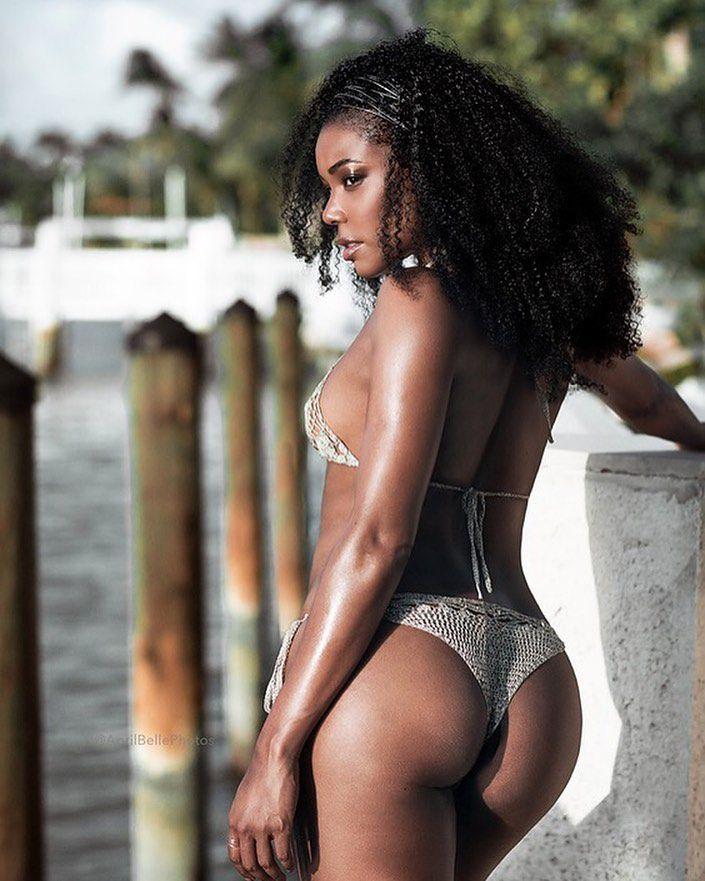 Gabrielle Union Sexy Body photo 13