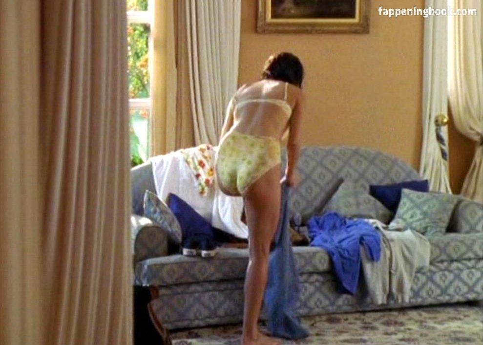 Liane Nude photo 3