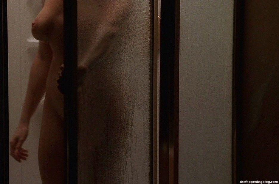 Lorraine Bracco Naked Pics photo 2
