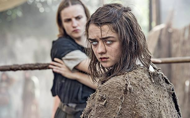 Maisie Williams Topless Game Of Thrones photo 15