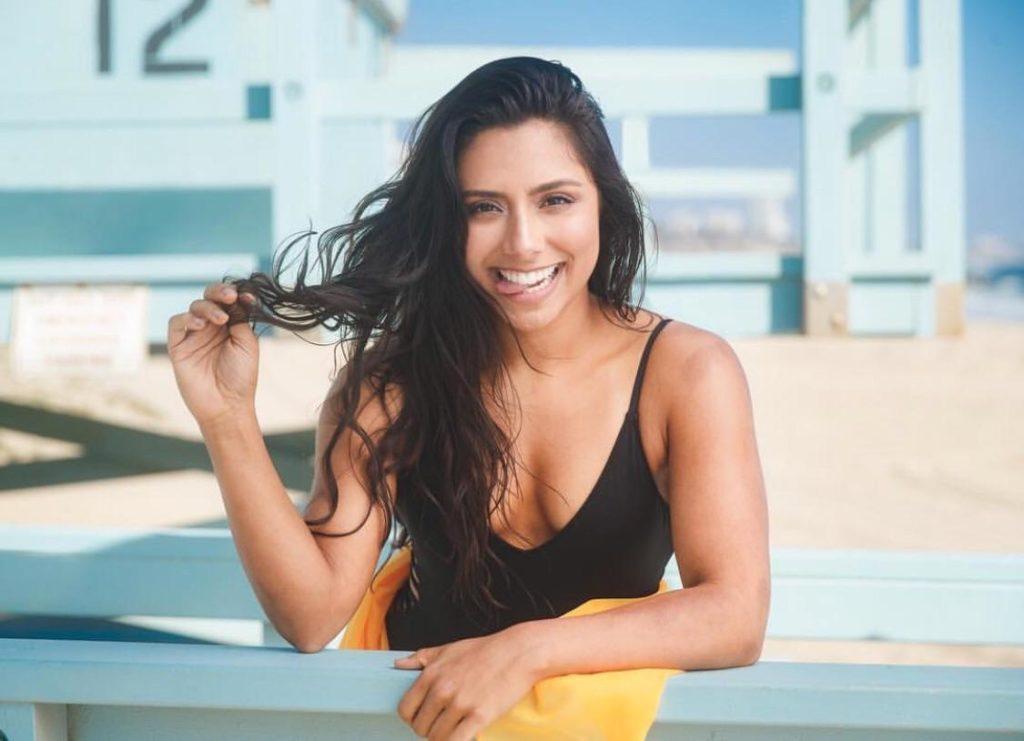 Michelle Khare Hot photo 19