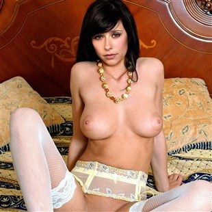 Naked Photos Of Jennifer Love Hewitt photo 29