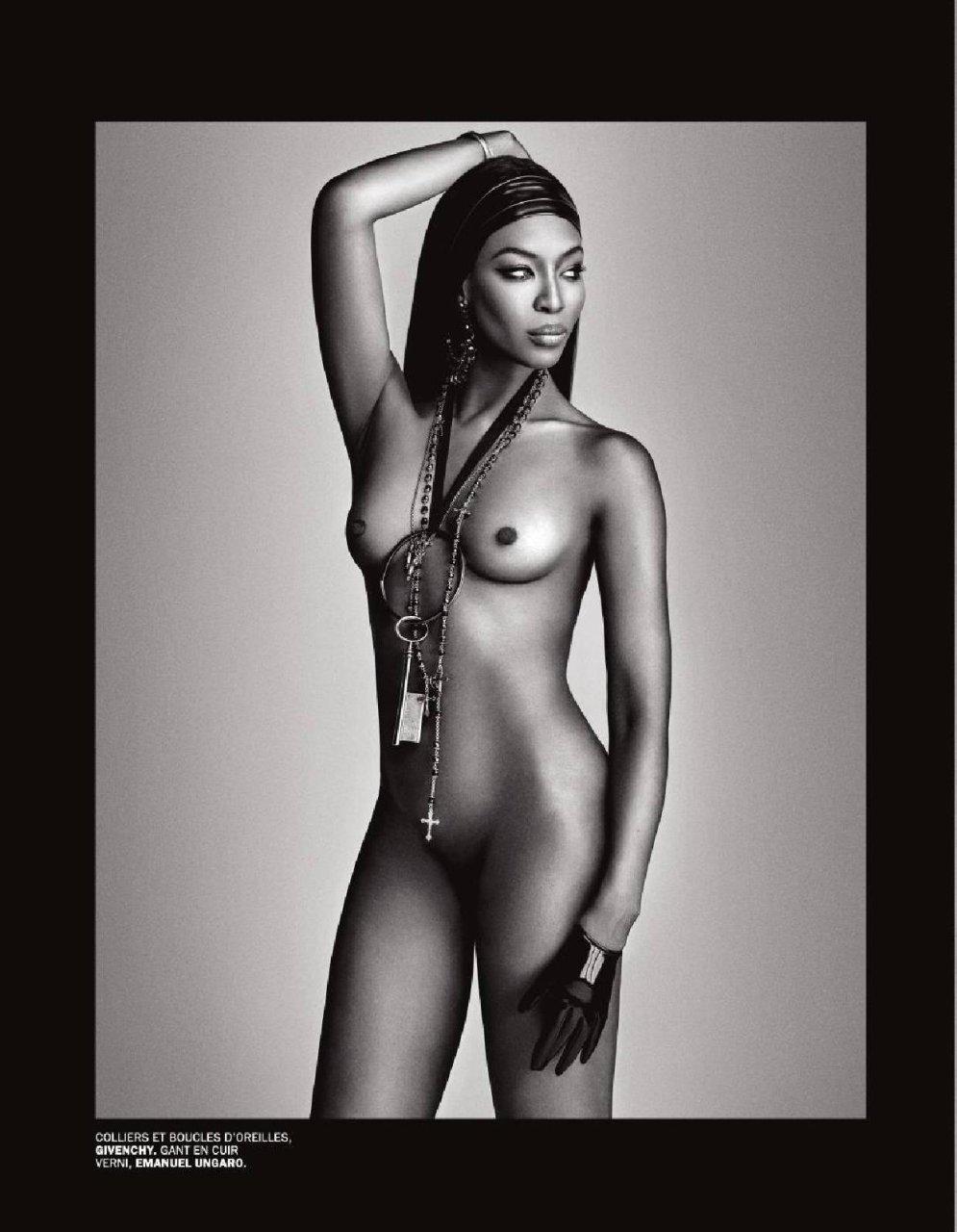 Naomi Topless photo 19