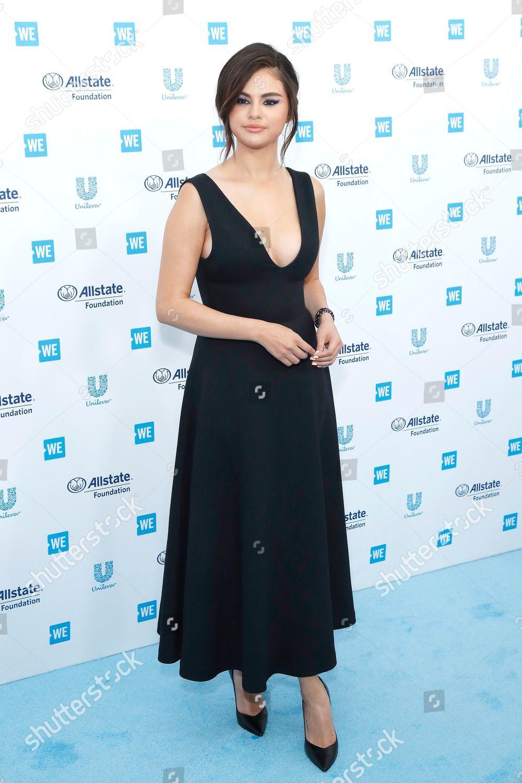 Selena Gomez Forum photo 28