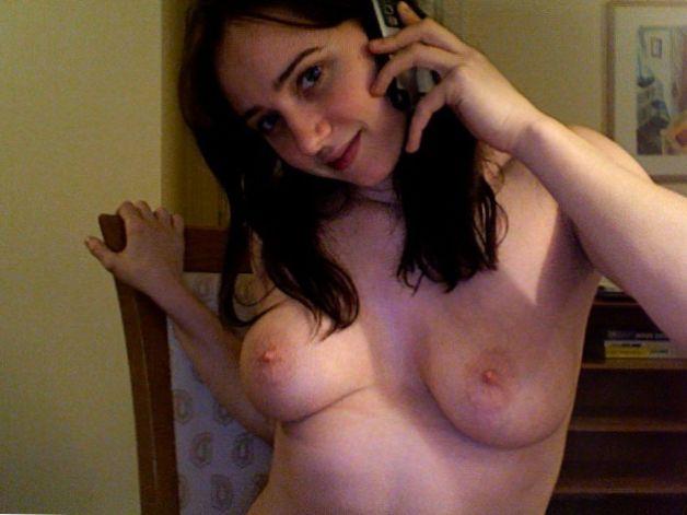 Zoe Kazan Boobs photo 27